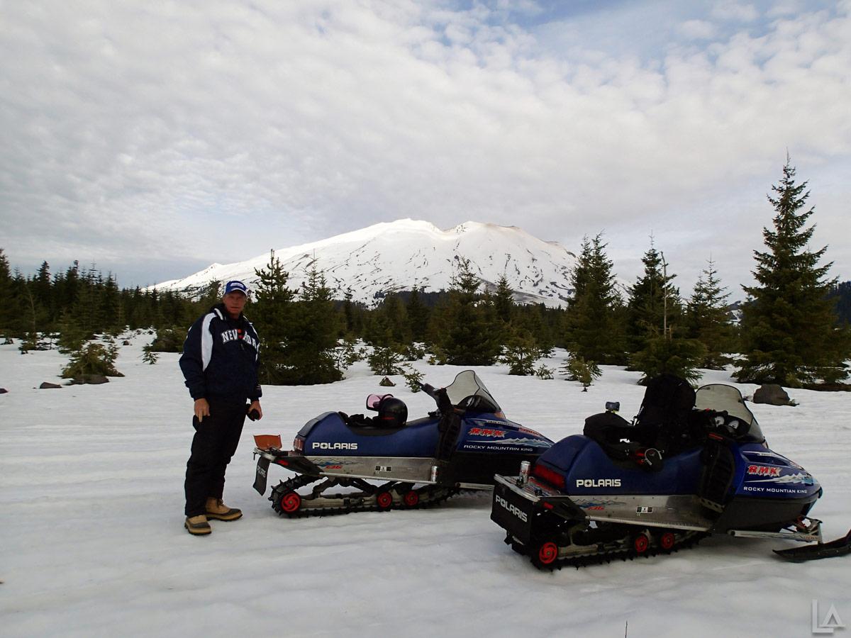 Last Snowmobile Ride Of 2012 13 Season On Mt Saint Helens